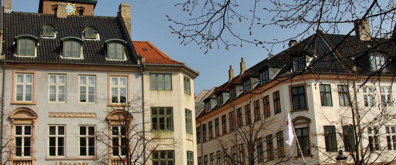 I dag her på bloggen skal vi tale om Ejendomsservice i København, som er noget, som du også kan få del i, hvis du bor i København.